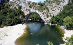 Vallon Pont d'Arc en Ardèche Auvergne-Rhône-Alpes Camping Qualité