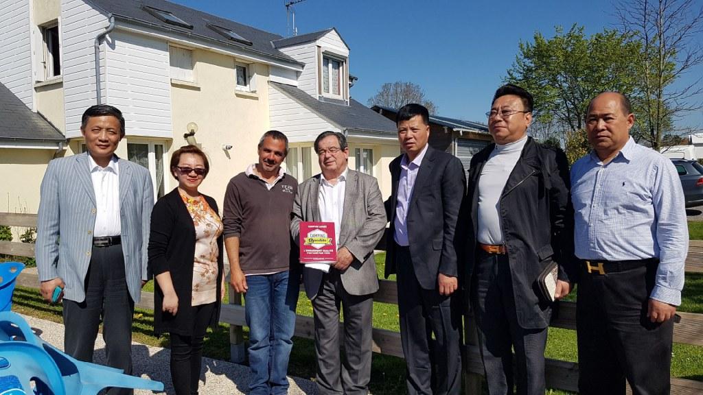 Accueil _délégation_chinoise_camping_aiguille_creuse