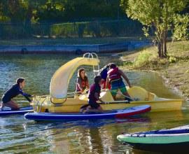 Stand-up paddle et pédalo au Camping Le Fil de l'eau 3 étoiles Bourgogne-Franche-Comté - Côte d'Or | Label Camping Qualité
