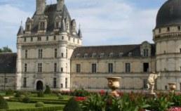 Reservation location mobil-home et emplacement camping chateau de la loire en Pays de la Loire