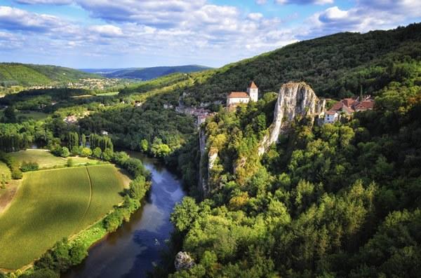 location emplacement bord de rivière Camping Qualité France