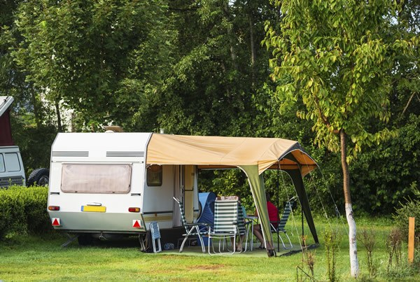 Emplacement pour caravane Camping Qualité France