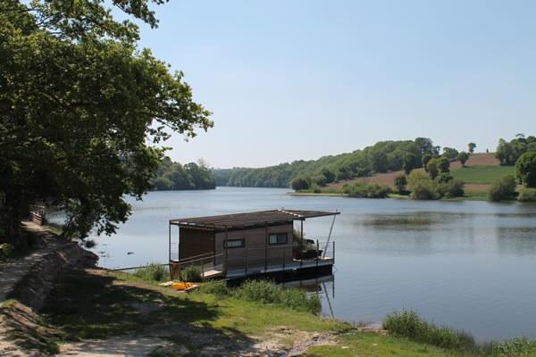 Hébergement insolite sur l'eau en Bretagne Camping Qualité