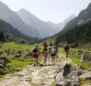 location emplacement montagne randonnées Camping Qualité France