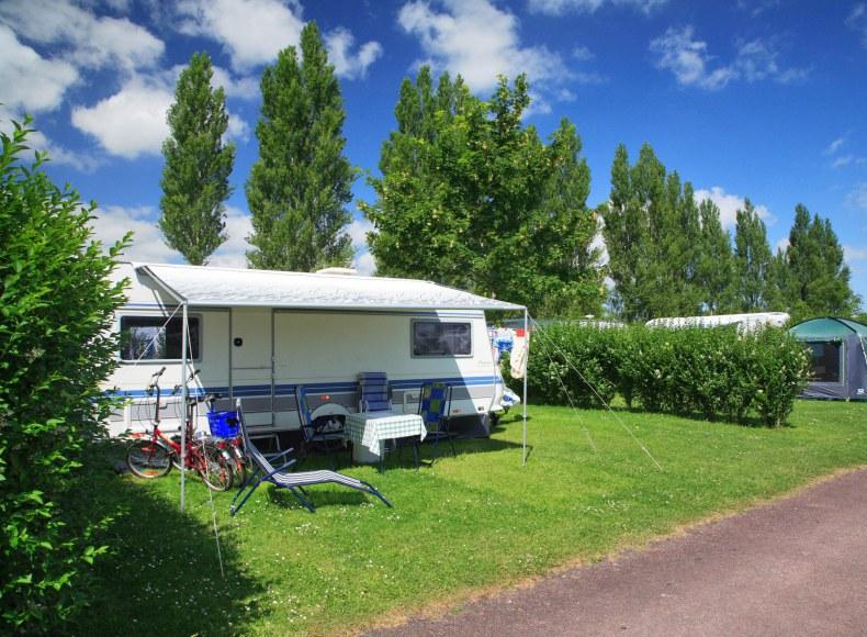 Emplacement confort pour caravane Camping qualité