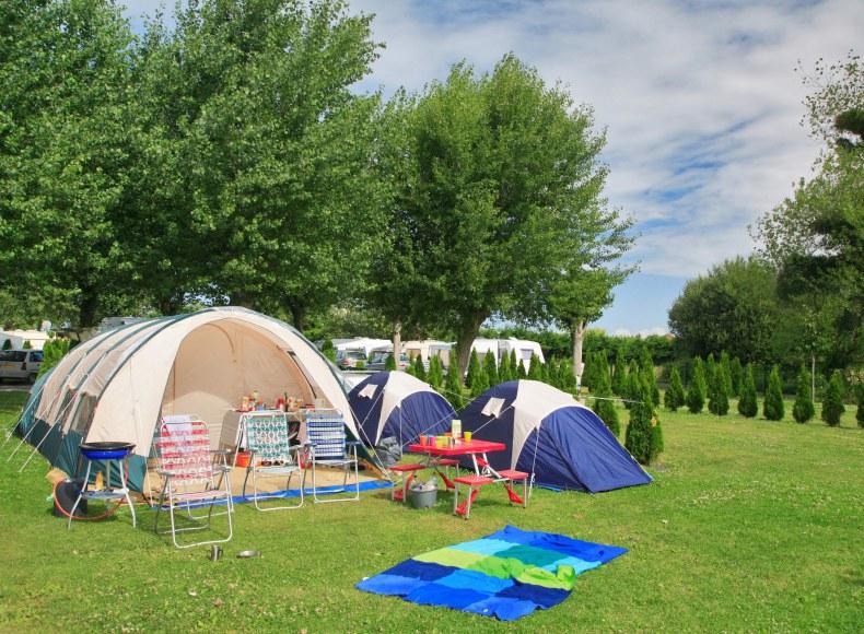 Réservez votre emplacement camping verdoyant Camping Qualité