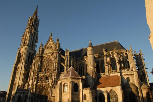 Région Picardie Camping Qualité - Cathedrale de senlis - Oise