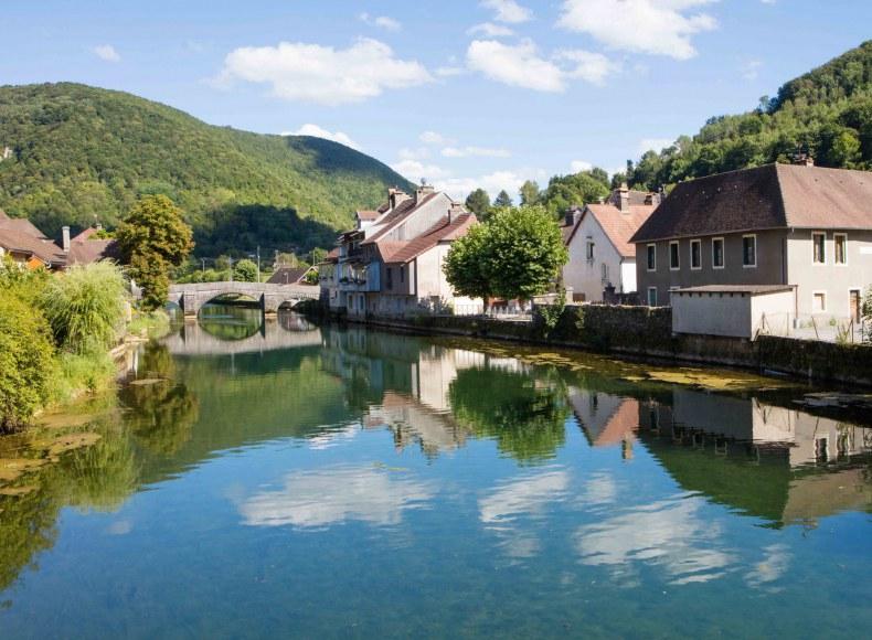Ornans dans le Doubs Camping Qualité Bourgogne-Franche-Comté