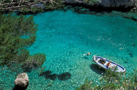 Les Calanques dans les Bouches-du-Rhône en région Provence-Alpes-Côte d'Azur Camping Qualité