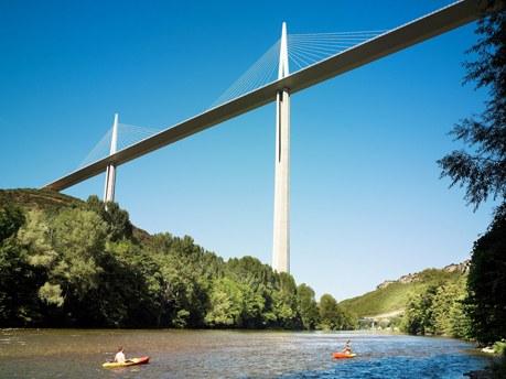 Région Midi-Pyrénées Camping Qualité - Viaduc de Millau en Aveyron
