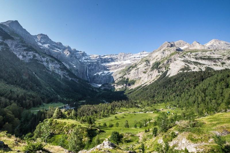 Cirque de Gavarnie dans le département des Hautes-Pyrénées en région Occitanie Midi-Pyrénées Camping Qualité