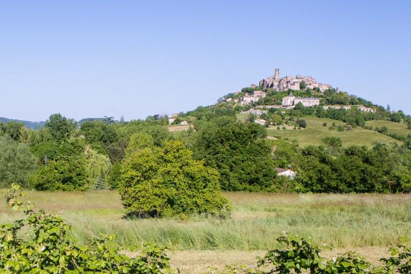 Cordes-sur-ciel dans le département du Tarn en région Occitanie Midi-Pyrénées Camping Qualité