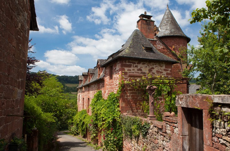 Collonges-La-Rouge dans le département de la Corrèze en région Limousin Camping Qualité