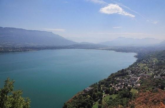 Région Rhône-Alpes-Auvergne Département Savoie Camping Qualité