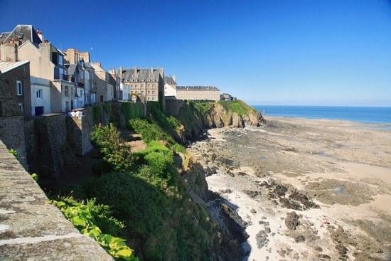 Falaises dans la Manche en Normandie