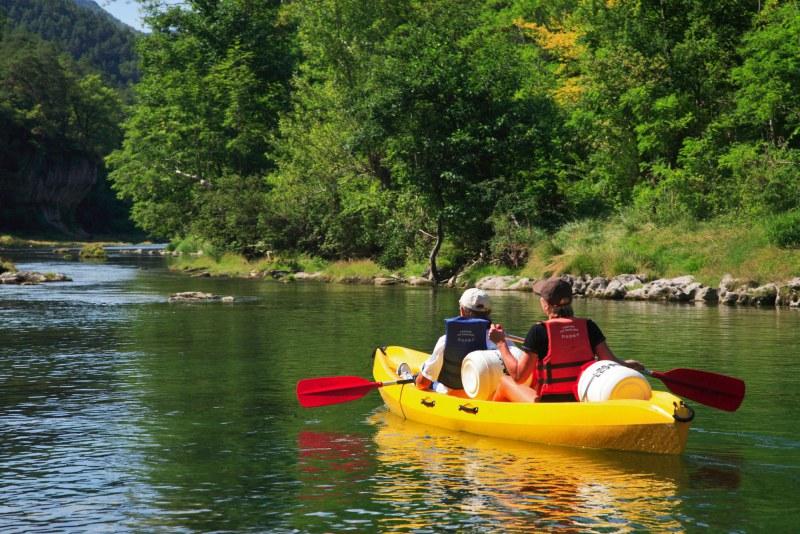 camping bord de rivière les peupliers Tarn - Camping Qualité