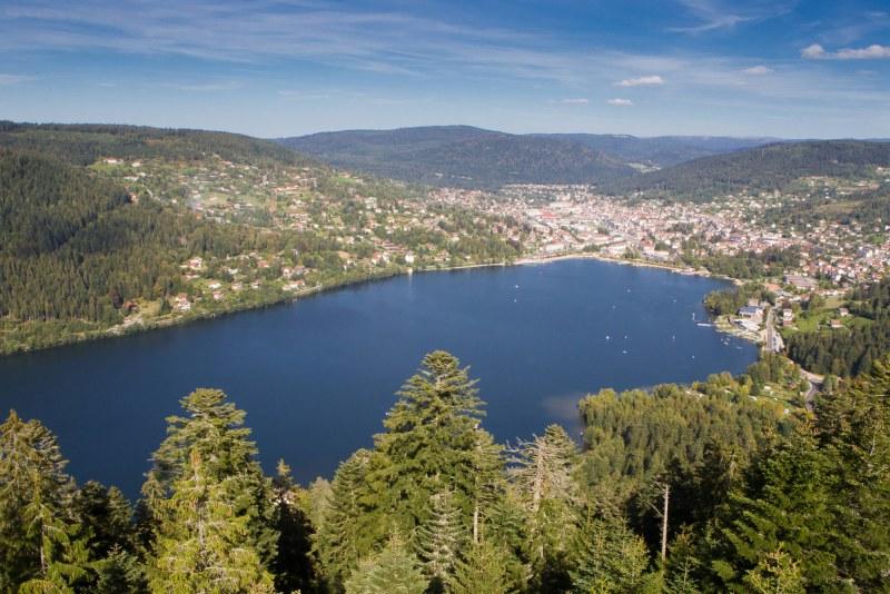 Lac de Gérardmer dans Les Vosges en Lorraine - Camping Qualité Grand-Est