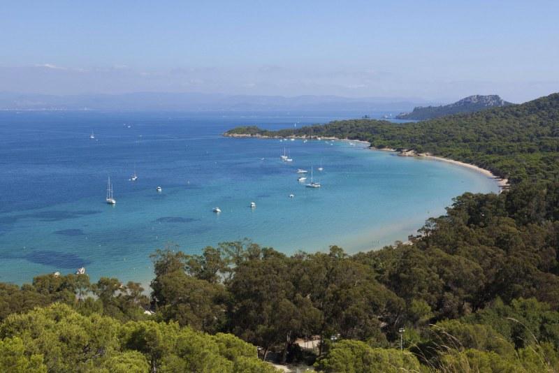 Plus belle plage d'Europe sur l'île de Porquerolles - Camping Qualité PACA Var