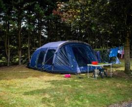 Emplacement pour tente au Camping Le Fil de l'eau 3 étoiles Bourgogne-Franche-Comté - Côte d'Or | Label Camping Qualité